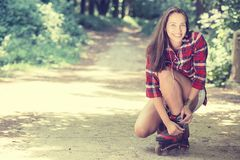 Girl going rollerblading Royalty Free Stock Photos