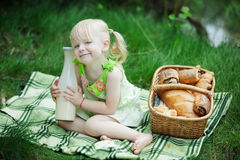 Girl have picnic Royalty Free Stock Photography