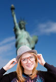Girl in hipster glasses and hat on New York Royalty Free Stock Photos