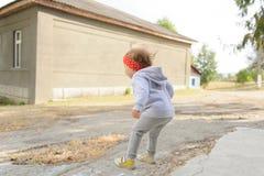 girl jump Стоковая Фотография RF