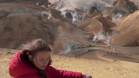 Girl in Kerlingarfjoll geotermal area. stock video
