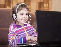 girl laptop using Στοκ Φωτογραφίες