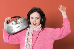 Girl listening music Royalty Free Stock Photography