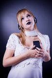 girl listening music romantic to Στοκ εικόνες με δικαίωμα ελεύθερης χρήσης