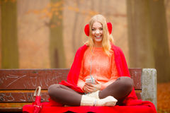 Girl listening to music mp3 relaxing Royalty Free Stock Photography
