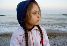 Girl looks into the distance Royalty Free Stock Photography