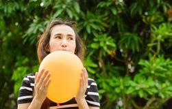 Girl play balloon Stock Photography