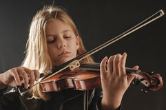 Girl Playing  Violin Royalty Free Stock Photos