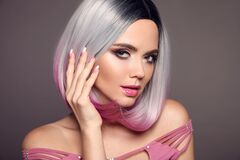 Free Girl Portrait Of Ombre Bob Short Hairstyle. Beautiful Hair Coloring Woman. Trendy Puprle Haircut. Blond Model With Short Shiny Stock Photography - 178637992