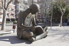 Girl Reading Stock Photography