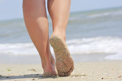Girl's barefoot legs Royalty Free Stock Photography