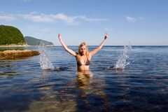 Girl and sea Royalty Free Stock Images