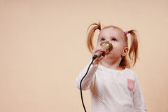 Girl Singing Royalty Free Stock Photography