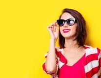 girl sunglasses young Стоковое Изображение RF