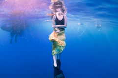 Girl underwater Royalty Free Stock Images