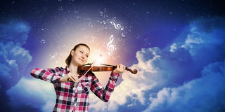 Girl violinist Royalty Free Stock Photo