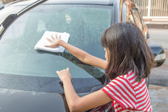 Girl Washing Car I Royalty Free Stock Images