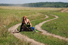 Free Girl With Old Case At The Middle Of The Fields Royalty Free Stock Image - 33373826