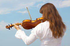 Free Girl With Violin Royalty Free Stock Image - 20579076