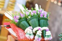 girland och blomma Royaltyfri Foto