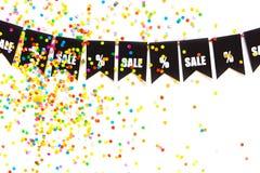 Girlande von schwarzen Flaggen Der Aufschrift Verkauf und die Prozente Sig Lizenzfreie Stockbilder