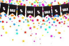 Girlande von schwarzen Flaggen Der Aufschrift Verkauf und die Prozente Sig Lizenzfreie Stockfotos