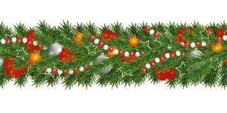 Girlanden för jul och för det lyckliga nya året och gränsen av julgranfilialer dekorerade med järnekbär och silverstruntsaker, st vektor illustrationer