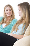Girlfriends chatting 1 Royalty Free Stock Photos