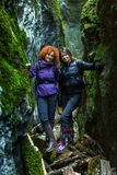 Girlfriends hiking together Royalty Free Stock Photos