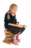 Girlie med boken royaltyfri fotografi