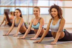 Girls in fitness class Royalty Free Stock Photography