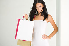 Girls goes shopping. Royalty Free Stock Photos