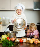 Girls learning how to prepare food Royalty Free Stock Photos