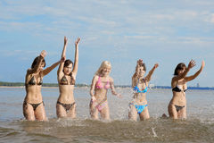 Girls in the sea Royalty Free Stock Photos