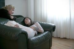 συνομιλία girly Στοκ φωτογραφίες με δικαίωμα ελεύθερης χρήσης