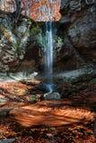 Giro del otoño de la cascada Fotografía de archivo
