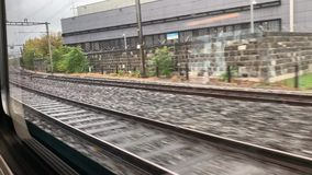Giro del treno a Thun stock footage