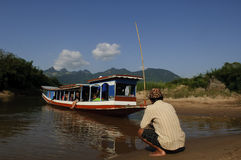Giro della barca giù il Mekong, Laos Immagini Stock Libere da Diritti