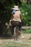 Giro della bicicletta in Cambogia fotografie stock