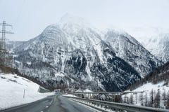 Giro della strada principale all'alta montagna Fotografia Stock Libera da Diritti