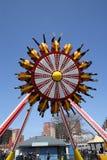 Giro di emozione di Luna 360 in Coney Island Luna Park Immagine Stock