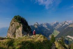 Giro esplorativo attraverso la bella regione montana di Appenzell fotografie stock libere da diritti