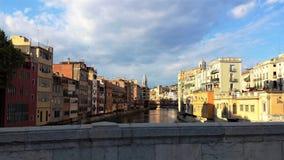Girona è bella vecchia città sul fiume Fotografia Stock