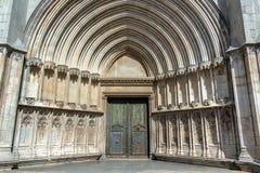Girona domkyrkaingång royaltyfria bilder