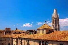 GIRONA, ESPAÑA - MAYO DE 2016: Vista de Girona - pastores de la casa en Placa Imágenes de archivo libres de regalías