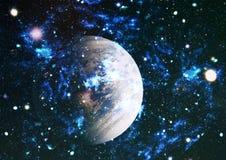 Gisement d'étoile dans l'espace lointain beaucoup d'années lumière loin de la terre Éléments de cette image meublés par la NASA Images libres de droits