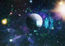 Gisement d'étoile dans l'espace lointain beaucoup d'années lumière loin de la terre Éléments de cette image meublés par la NASA Images stock