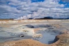 Gisement géothermique de Hverir images stock