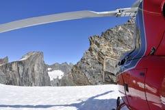 Gisements de glace de Juneau d'hélicoptère Alaska Image stock