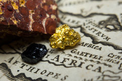 Gisements de minerai sur une carte de l'Afrique Images stock